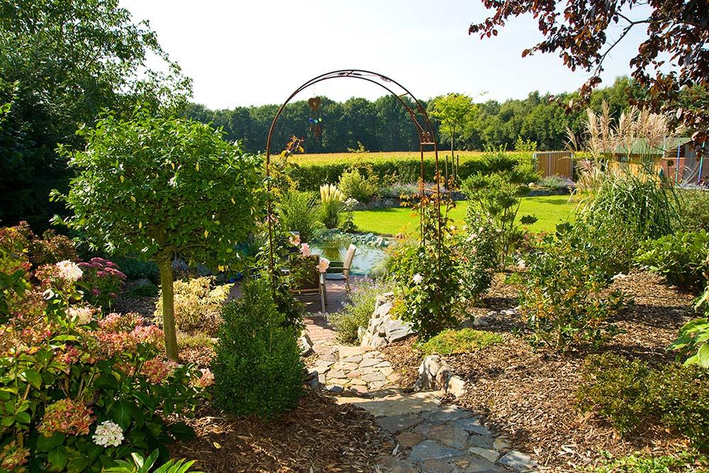 Gartengestaltung zurhake gartengestaltung 49424 visbek for Gartengestaltung mit buchs und hortensien